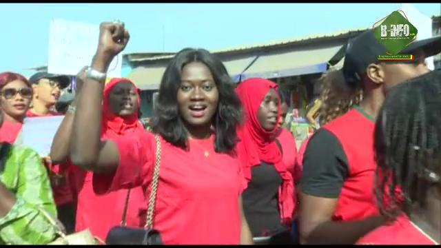 Meurtre de Binéta Camara: La marche de protestation des femmes de Ziguinchor en images (Vidéos)