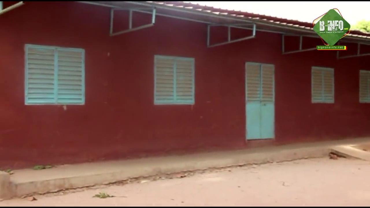 Vallée des Palmiers: Des rebelles construisent des écoles pour les populations (Vidéos)