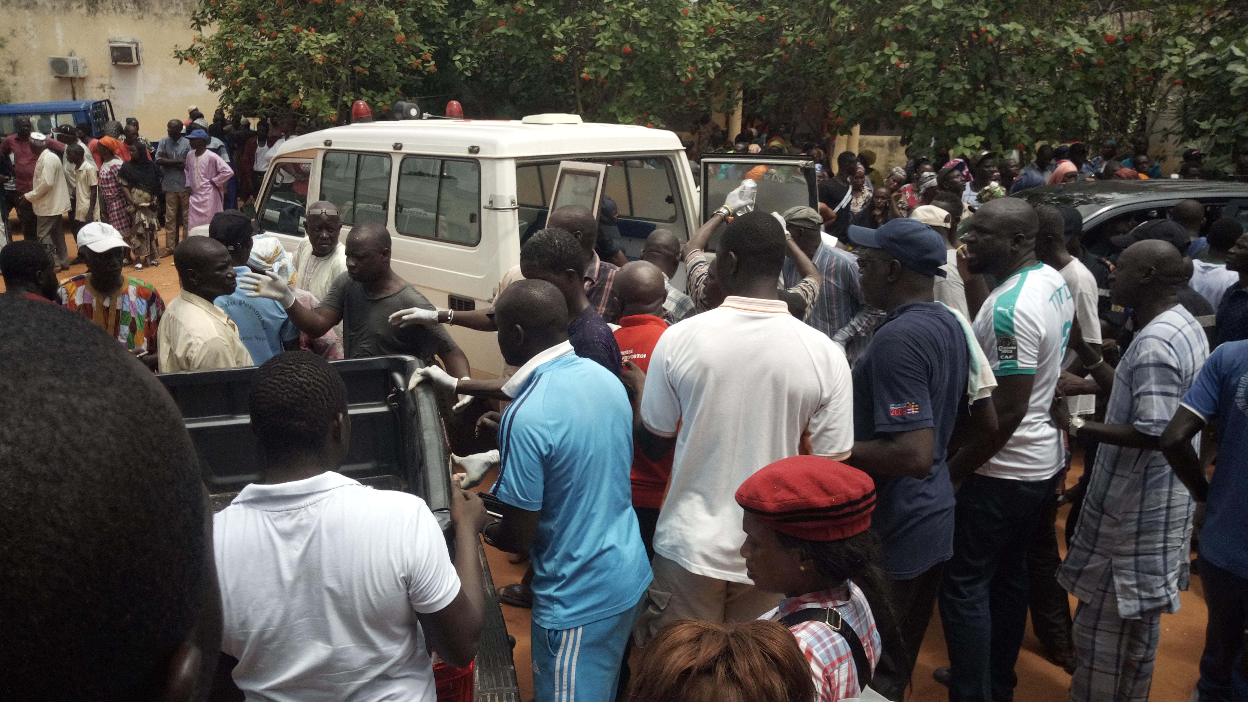 Appui aux victimes de l'accident de Badiouré, Mamadou L Kéita donne….