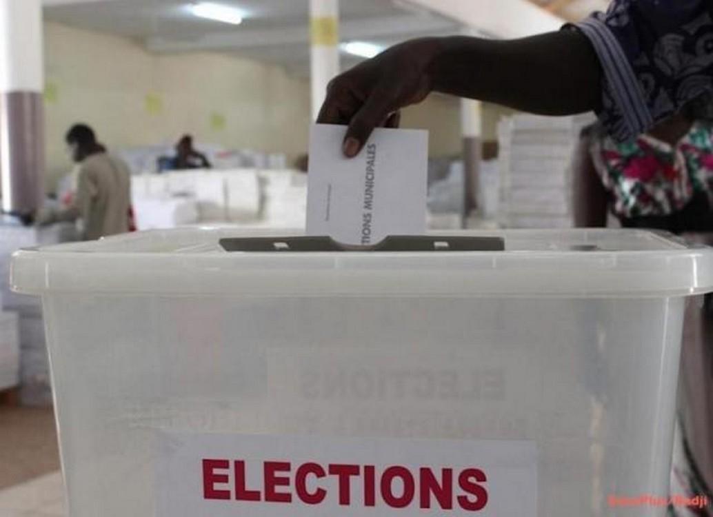 Élections locales: Les futurs maires élus au suffrage universel direct
