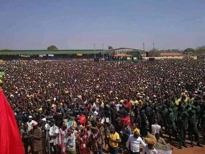 Guinée: Contre un troisième mandat de Condé, les populations envahissent les rues