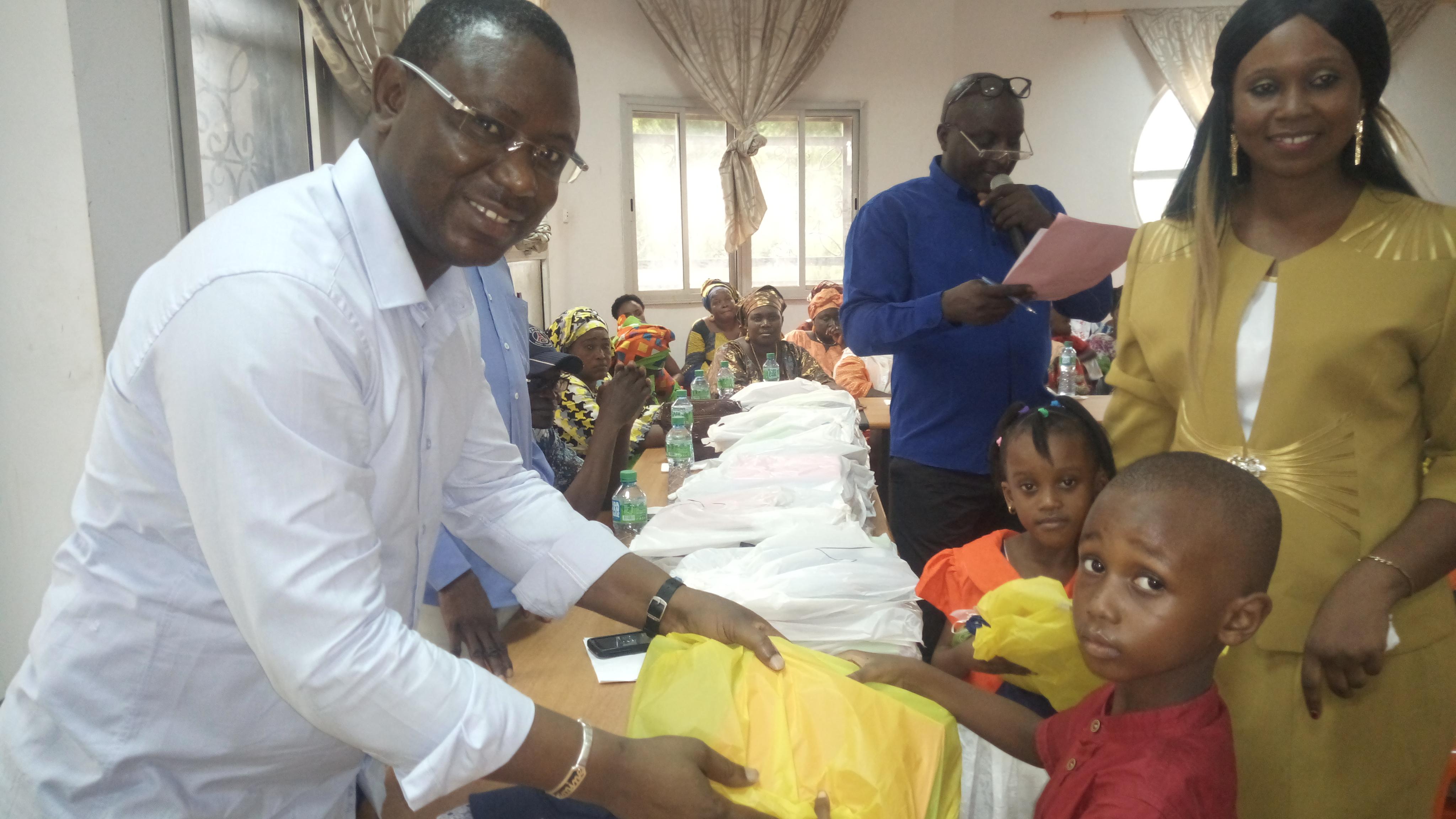 Bignona: 220 enfants d'agents et de conseillers municipaux dotés de fournitures scolaires