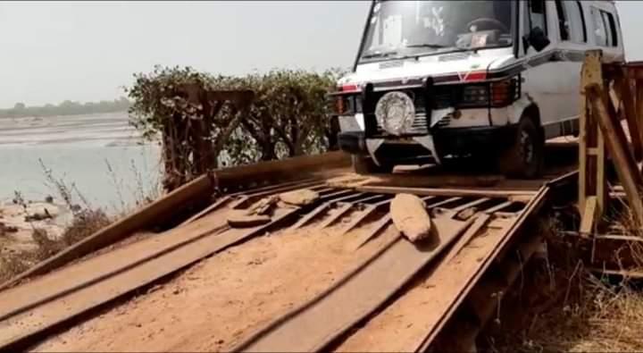 État du pont de Djibidione, les jeunes du fogny prêts à aller au front (vidéo)
