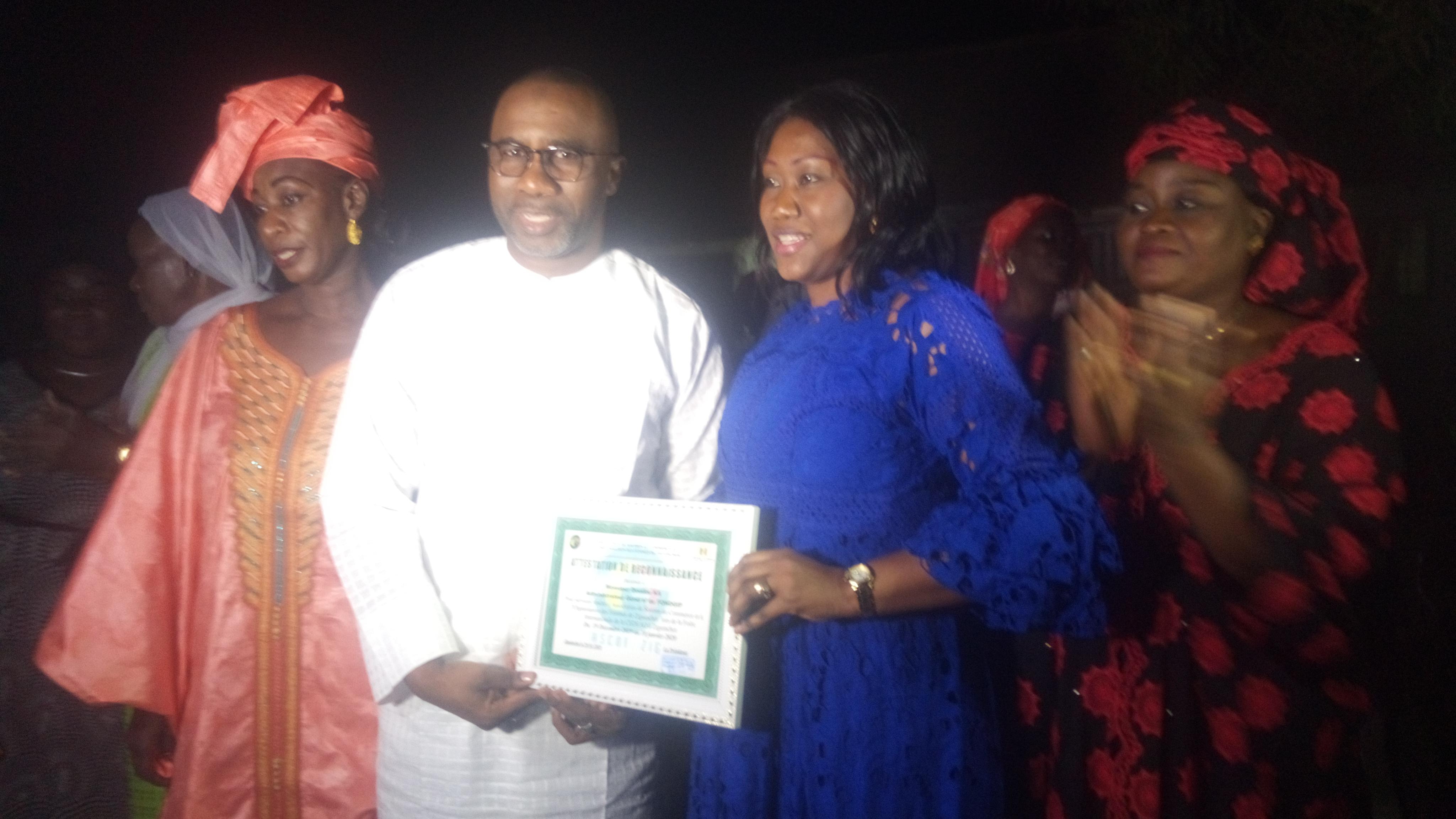 Ziguinchor: Doudou Ka honoré par les femmes de l'ASCOF