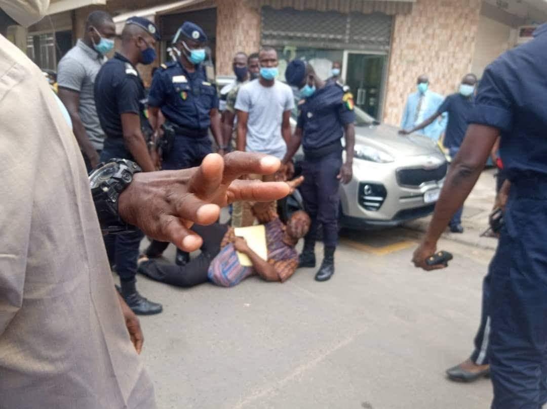 Urgent: Guy Marius Sagna arrêté par la police à la préfecture de Dakar