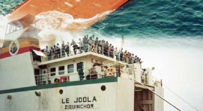 """Le """"Joola"""": 18 ans après, l'injustice a atteint l'âge de la majorité"""