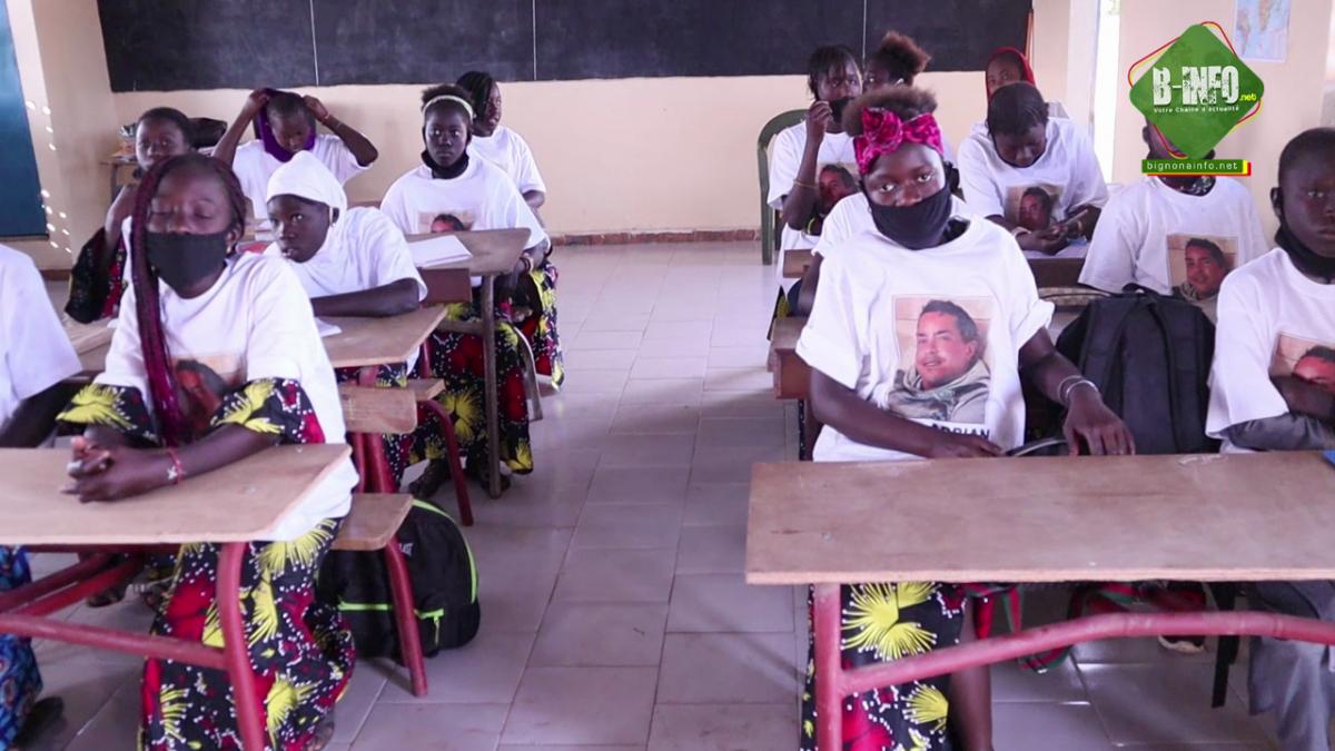 Diabir: L'école élémentaire rendu moderne grâce à SOS Casamance (Vidéo)