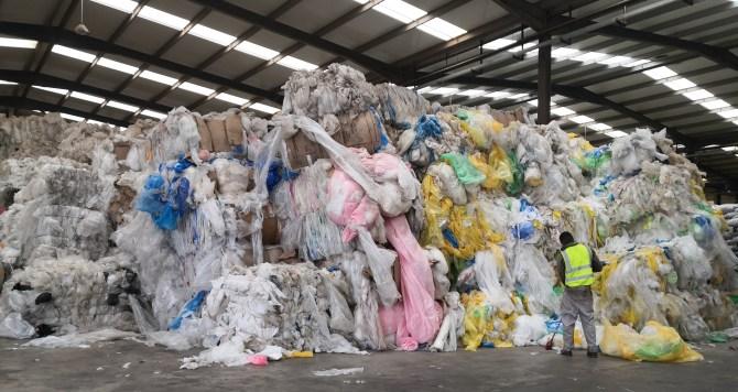 Port de Dakar: La douane saisit 25 tonnes de déchets plastiques
