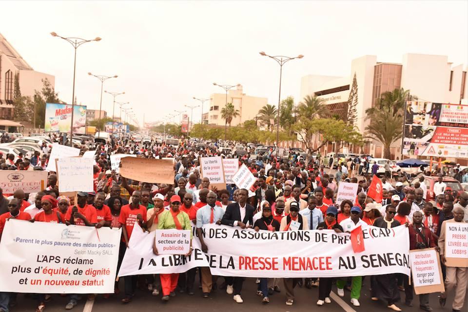 Journée Internationale de la presse : Journalistes et Patrons de presse devant la tutelle pour revendiquer leur droit !