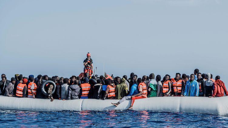 Espagne/Maroc : Au moins 2 700 migrants débarquent à Ceuta en une journée