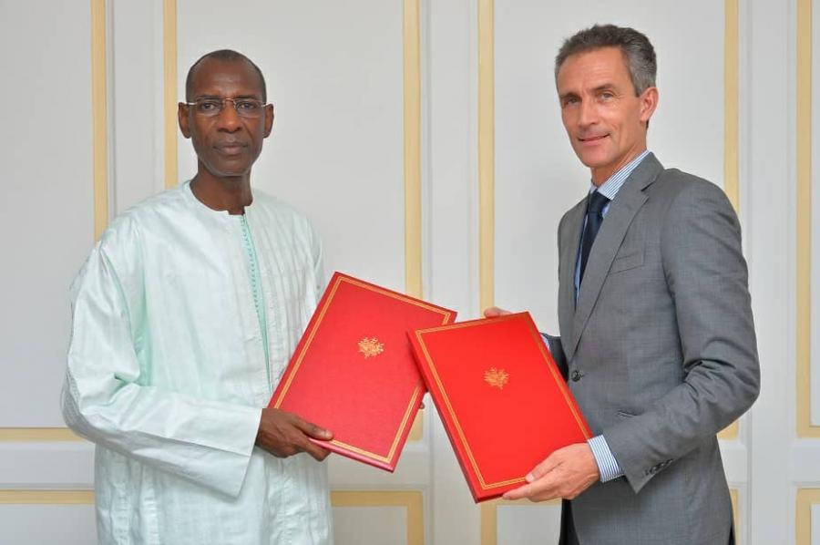 Suspension du Service de la dette: Le Sénégal et la France signent un nouvel accord de 13,7 milliards F CFA