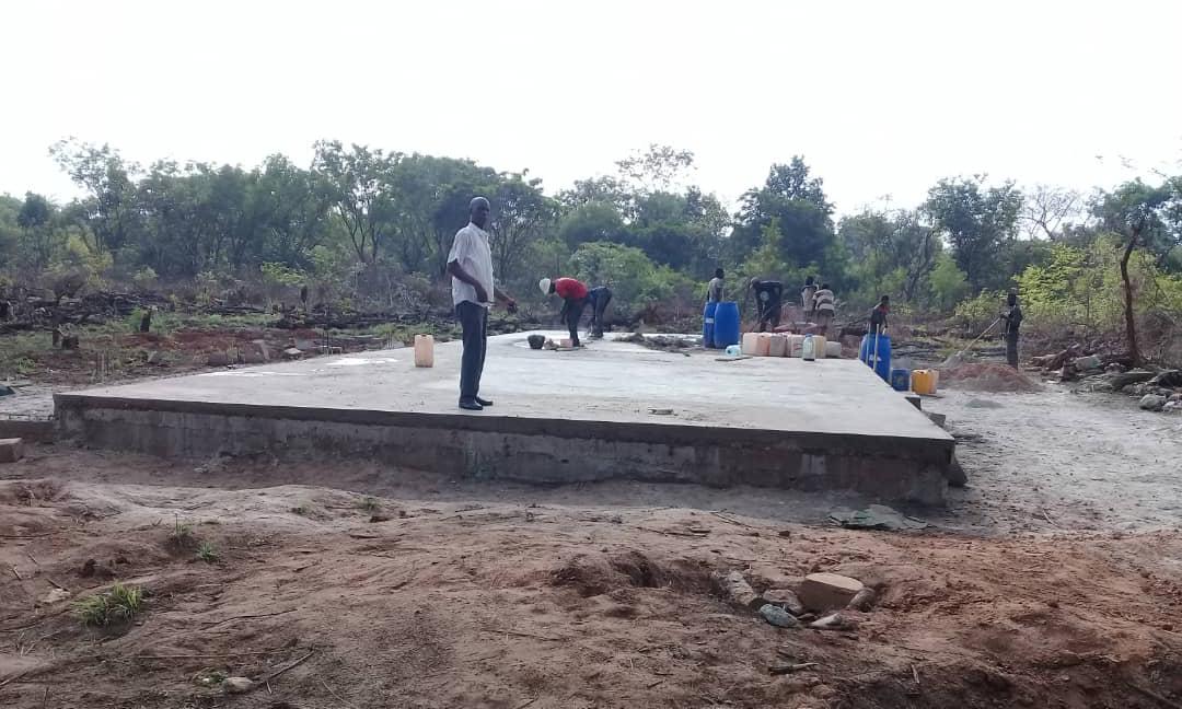 Bissine: L'école élémentaire en cours de construction