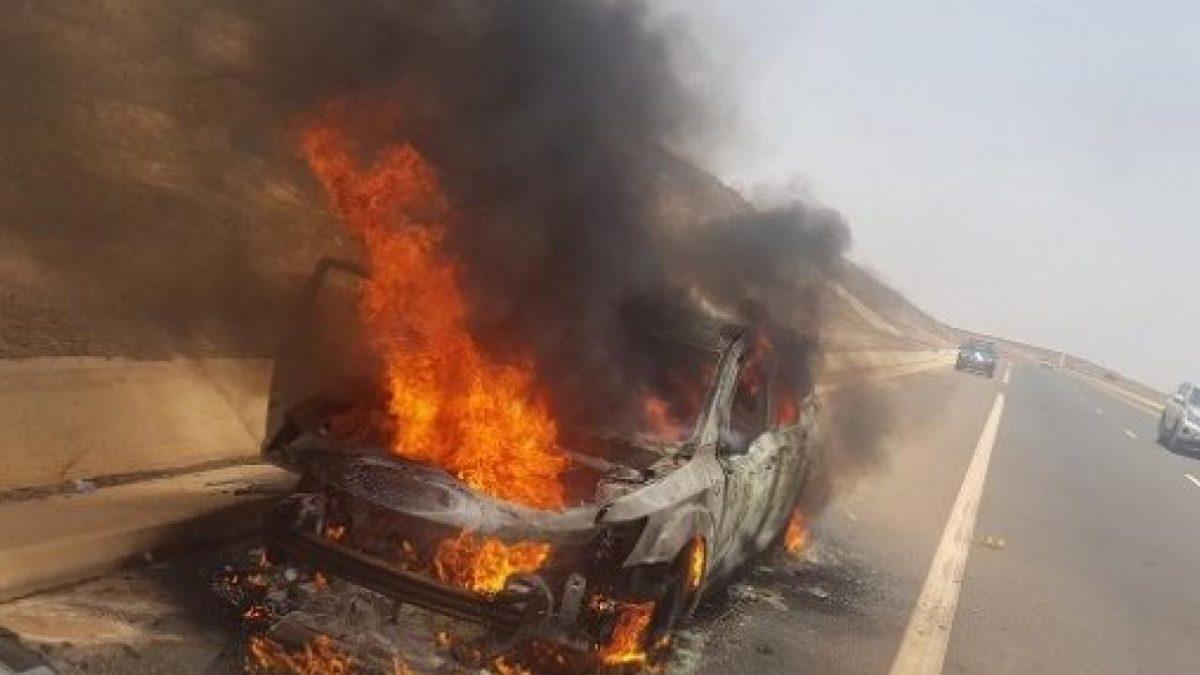 Accident sur la route de l'Aéroport: Une voiture de marque Ford Escape Titaninium prend feu